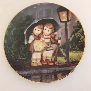 "Hummel Plate ""Stormy Weather"""